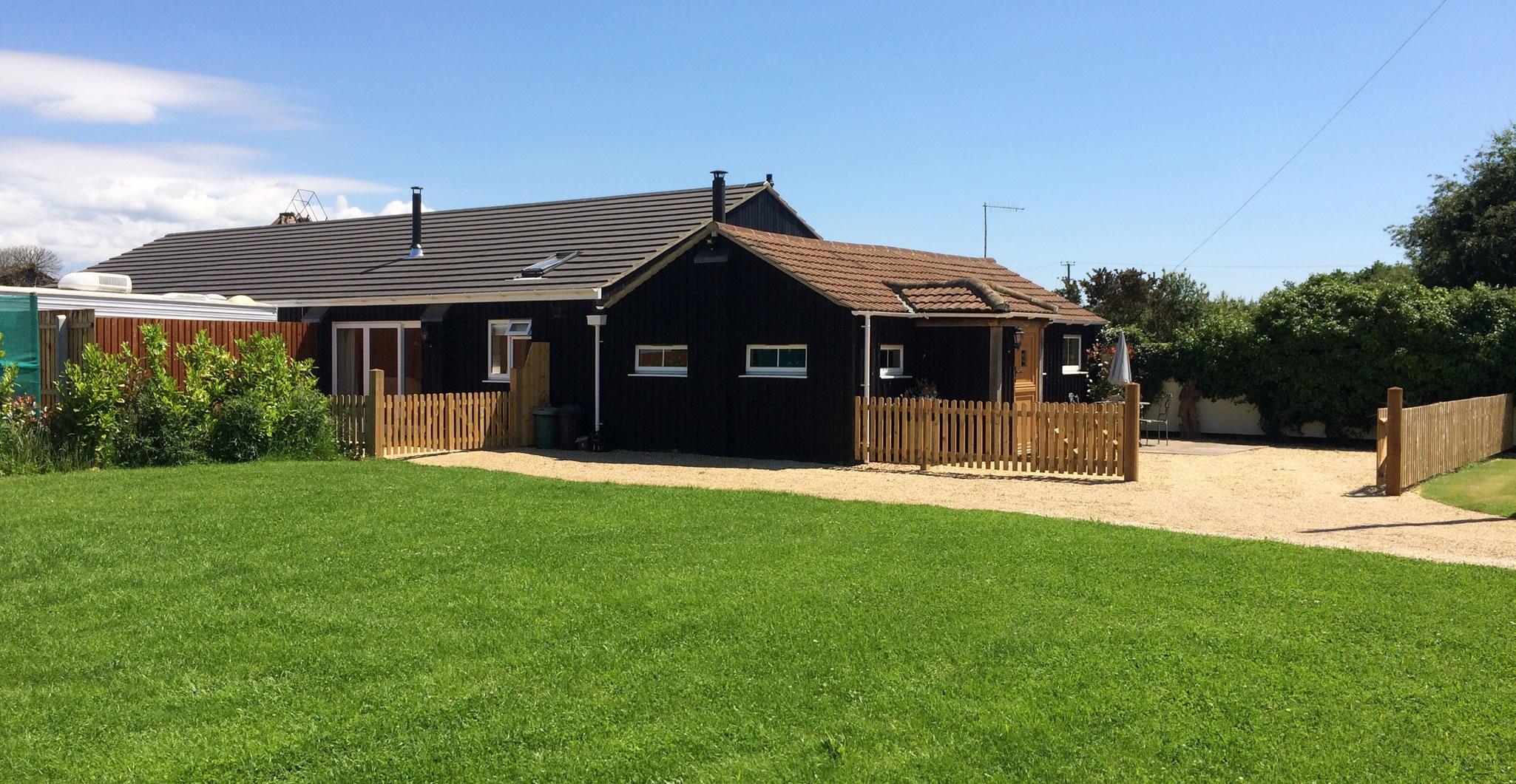 Foxhill Farm, Alderholt, Dorset - Barn Cottage