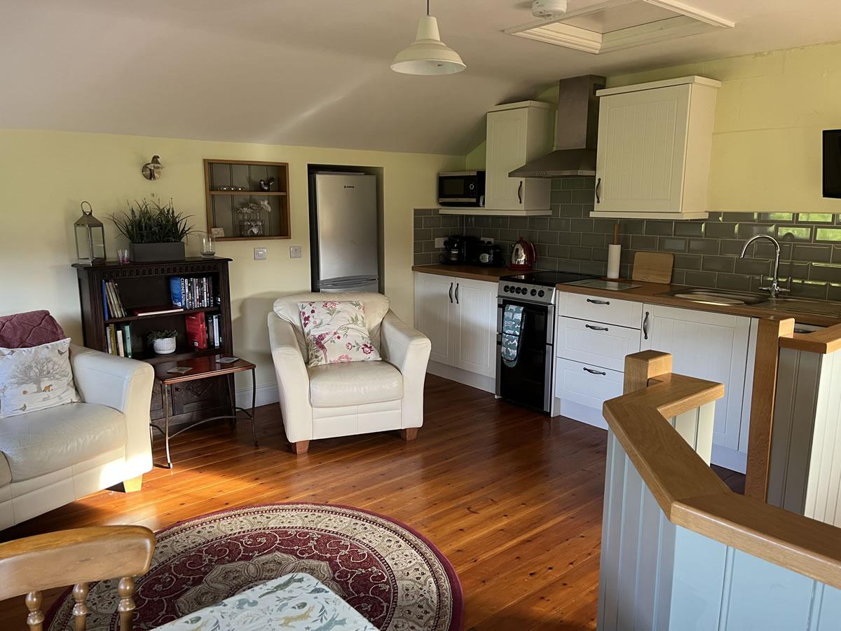 Foxhill Farm, Alderholt, Dorset - Dairy Cottage