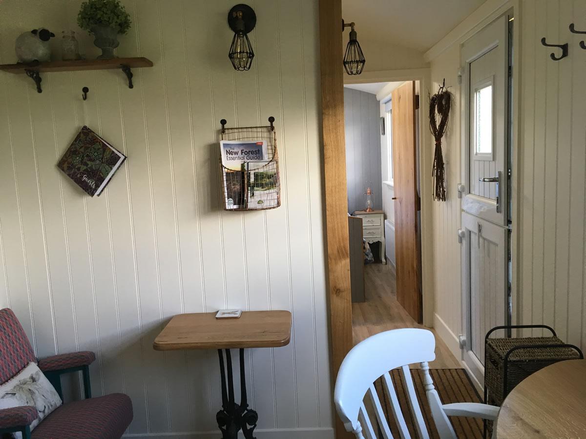 Foxhill Farm, Alderholt, Dorset - Shepherd's Hut